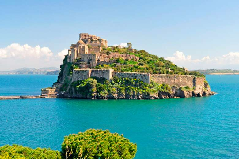 Offer April in Ischia